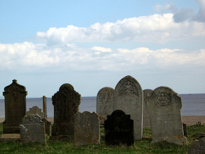 Graves_in_lowestoft_suffolk_by_ghat