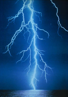 Lightning_by_moonraker_au