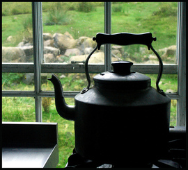 Kettle_mull_by_dove_at_flickr_2