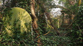 Nunhead_overgrown_grave_by_greatw_2